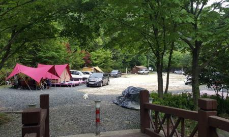 유치 자연휴양림 캠핑장 작은이미지